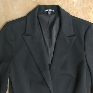 🆕 Express 2/$30 black 1 button career blazer 👚38